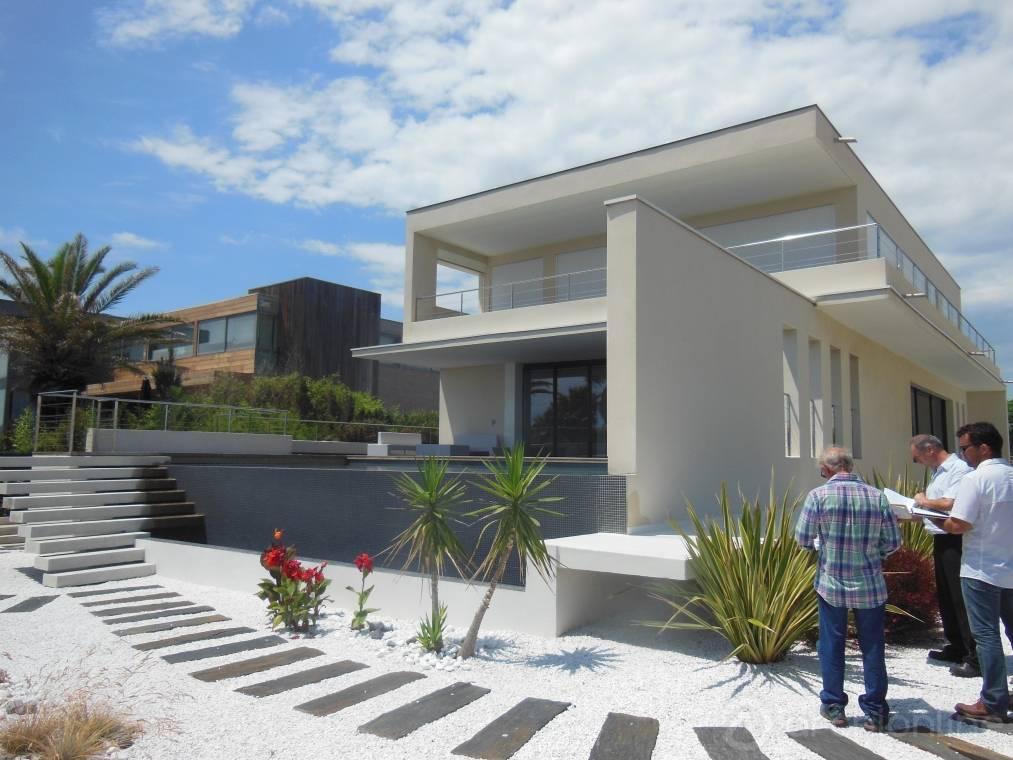 Maison moderne et contemporaine